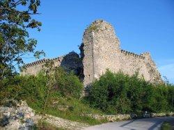 Castello di Alba Fucens