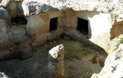 Area Archeologica Tombe Ipogeiche - Via Libio 53
