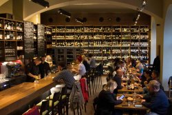 Vinograf Wine Bar