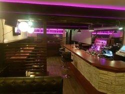 Luna Bar Club