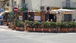 Cactus Bar & Diner