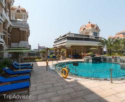 The Pool at the ITC Grand Chola, Chennai