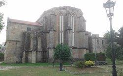 Monasterios Santo Domingo de Tui
