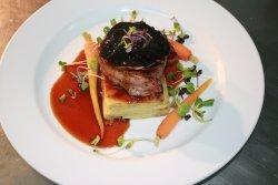 Roquette Restaurant & Bar