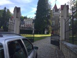 A royalty entrance