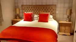 Lochindaal Hotel