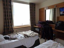 Muito barulhento! Preço muito alto pela qualidade do hotel.