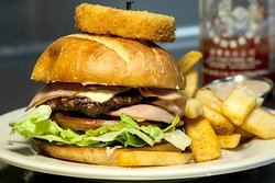 Homies Burgers & Shakes