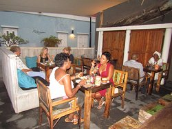Walk and Dine Curacao