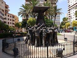 Monumento a la Virgen del Rocio