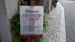 Ristorante Alle Vecchie Arcate con Tommasina e Franco (nuova gestione)