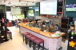 Johama Bar & Restaurant