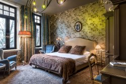 Main Street Boutique Hotel