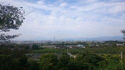15.09【浅井の一本桜】久留米市街の遠景