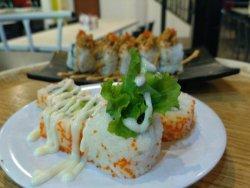 Cafe & Resto Yen's Delight