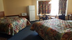 Compass Family Resort Motel