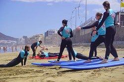 Buen Surf School