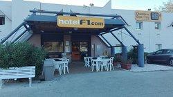 hotelF1  Hyeres Le Lavandou