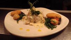 Mary Barry's Seafood Bar & Restaurant