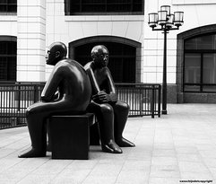 ‪Two Men on a Bench‬