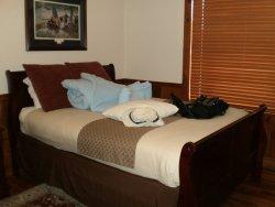 Queen bed #1. Pretty comfy.