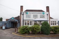 Old White Horse Stonehouse Pizza & Carvery