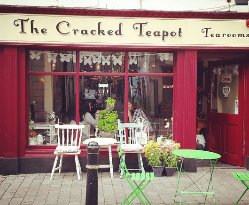 The Cracked Teapot