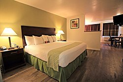 GuestHouse Inn & Suites Kennewick / Tri-Cities
