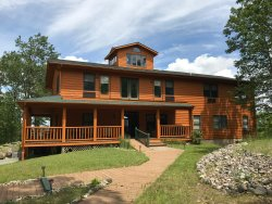 Hills of Lakeview Bed and Breakfast