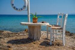 Porto Kaminia Beach Bar Restaurant