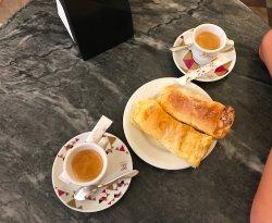 2 Espresso + 2 Travesseiros = Perfekt!