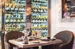 Le Bar a Huitres Montparnasse