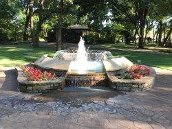 Grapevine Botanical Garden