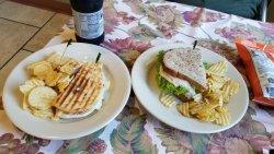 Simply Divine Cafe