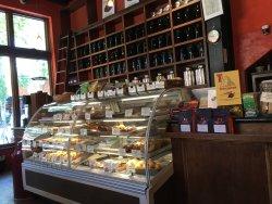Mishka's Cafe
