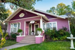 The Rose Garden Cottage Bed & Breakfast