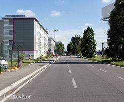 Street at the MOXY Milan Malpensa Airport
