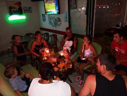 Happy Karaoke Pub