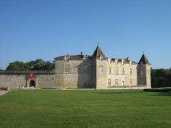 Chateau de Cazeneuve
