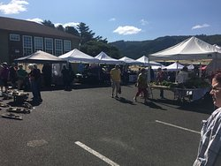 Yachats Farmers' Market