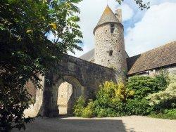 Chateau de Crosville-sur-Douve