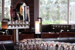 12 beers on tap at Houlihan's