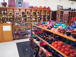 Shwe La Yaung Lacquerware Shop