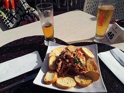Populo Cafe - Restaurante & Wine Bar
