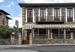 Los Tilos Restaurant
