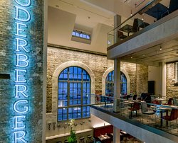 ODERBERGER - fine dining in the thermal power station of historic Stadtbad Oderberger