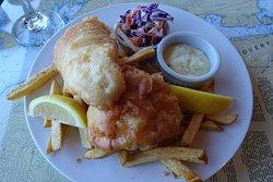 Gezellig drijvend restaurant met heerlijke vis