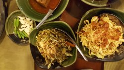 A good place to try out authentic Burmese culinary for foreigners.