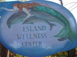 ‪Island Wellness Center‬