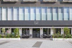 ELLE café 青山店
